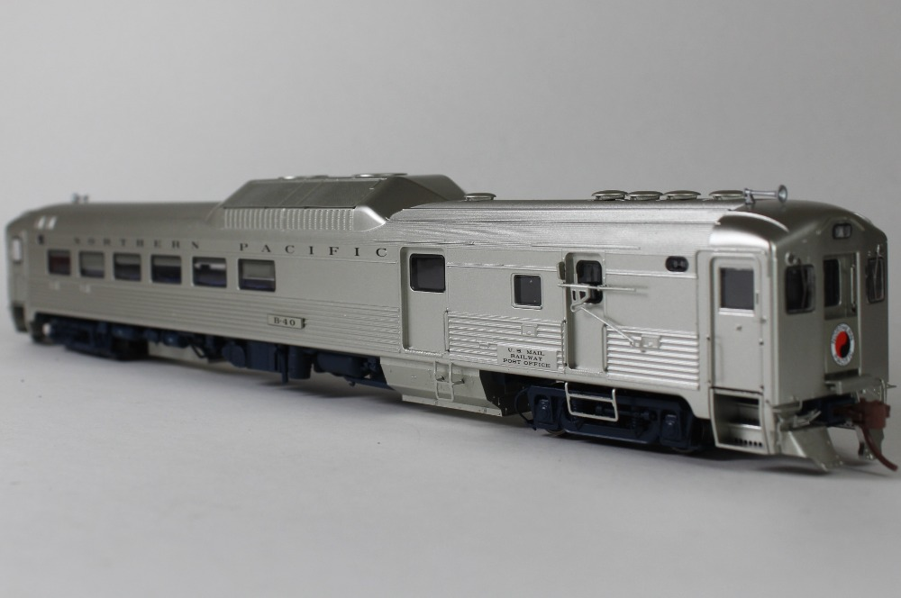 Rapido HO Budd  RDC-3 DC/DCC (Sound): Northern Pacific (Phase 1c)