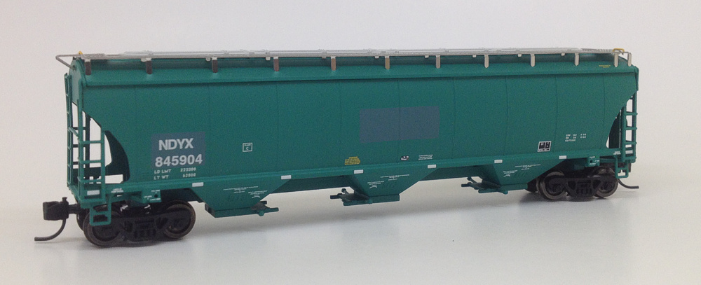 N Scale NDYX Trinity 5161 Patched Hoppers