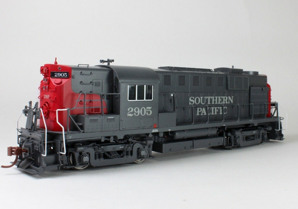 Rapido HO RS11 Southern Pacific Bloody Nose