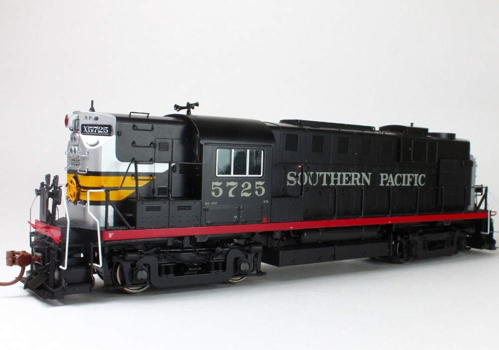 Rapido HO RS11 Southern Pacific Black Widow